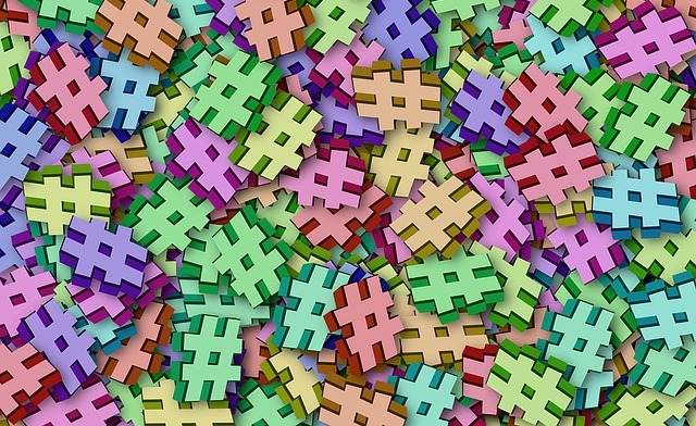 multiple hashtags pete linforth pixabay